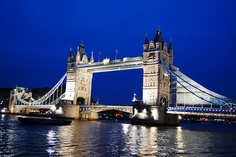 europe tour package from london:3-Hour Classic London Walking Tour and Fish 'N Chips