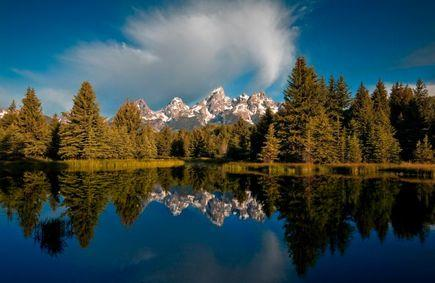 5-Day Yellowstone, Antelope Canyon,Bryce Canyon Tour (Starts in LA/LV/Ends in SLC)