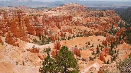 3-Day Lake Powell Bus Tour: Utah, Bryce Canyon & Zion N.P.