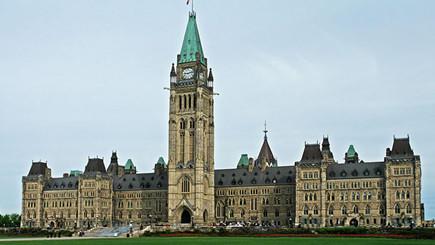 10-Day Bus Tour to Toronto, Quebec, Fredericton, Peggy's Cove, Halifax, Charlottetown, Montreal and Niagara Falls