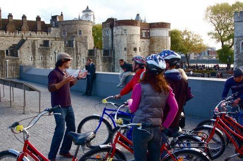 4-Hour River Thames Bike Tour