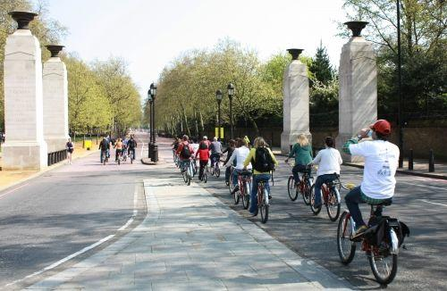 3.5-Hour Royal London Bike Tour