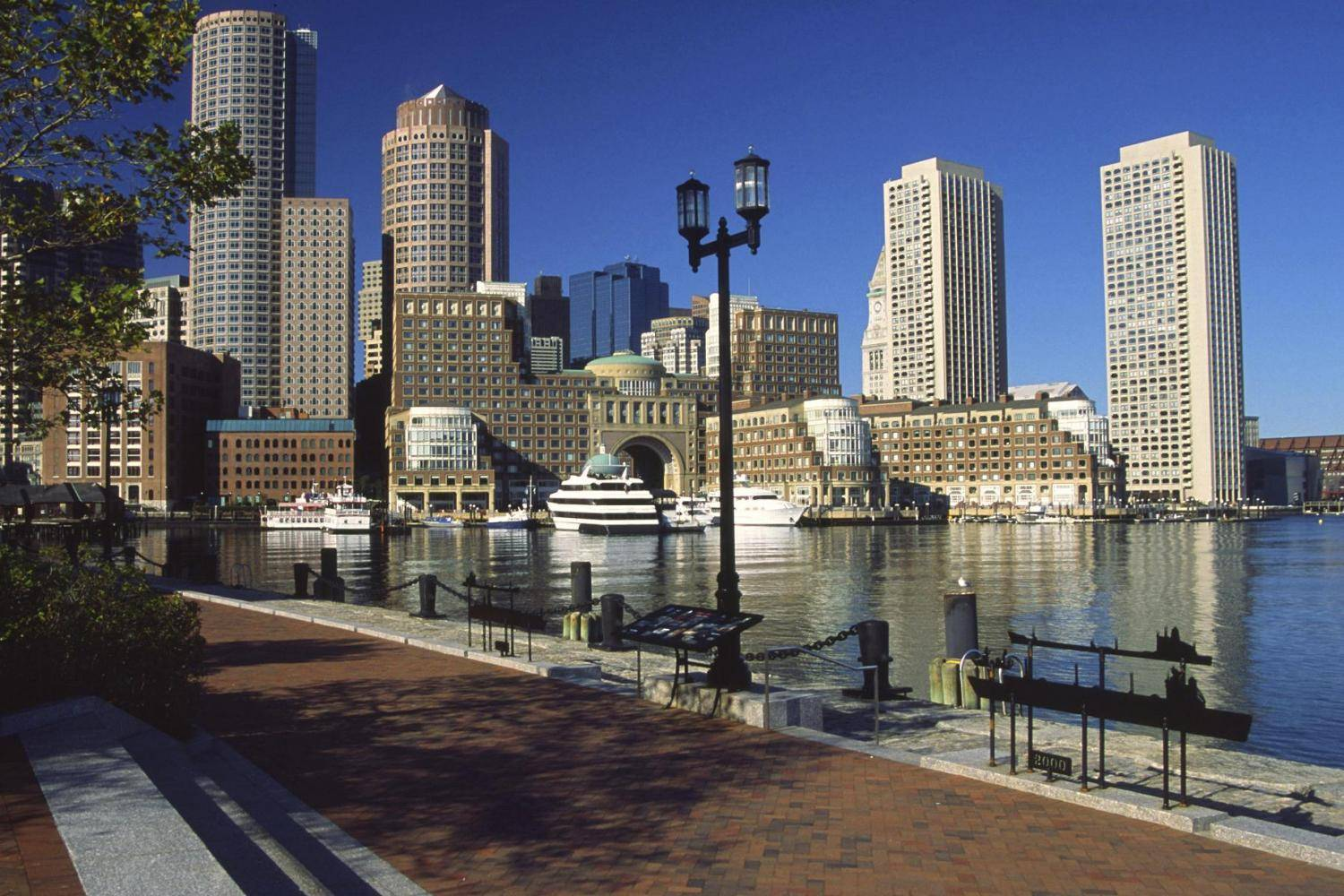 2-Hour Boston Odyssey lunch & Brunch Cruises