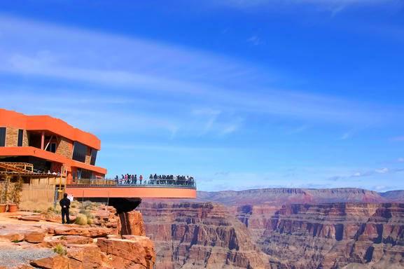 1 Día: Tour de autobús al Gran Cañón del Oeste (Skywalk) con el almuerzo en Las Vegas
