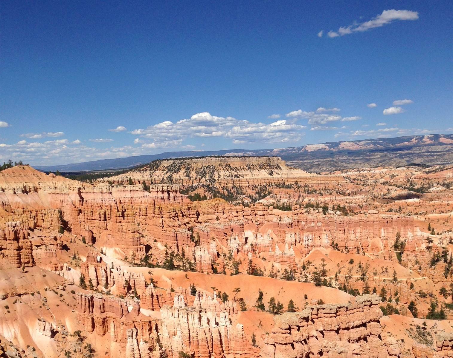 4-Day Antelope Canyon, Bryce Canyon, Zion, Lake Powell, Las Vegas Tour