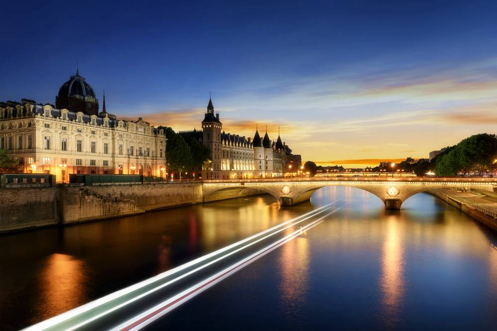Seine River Cruise, Paris City Tour, and 3-Course Dinner