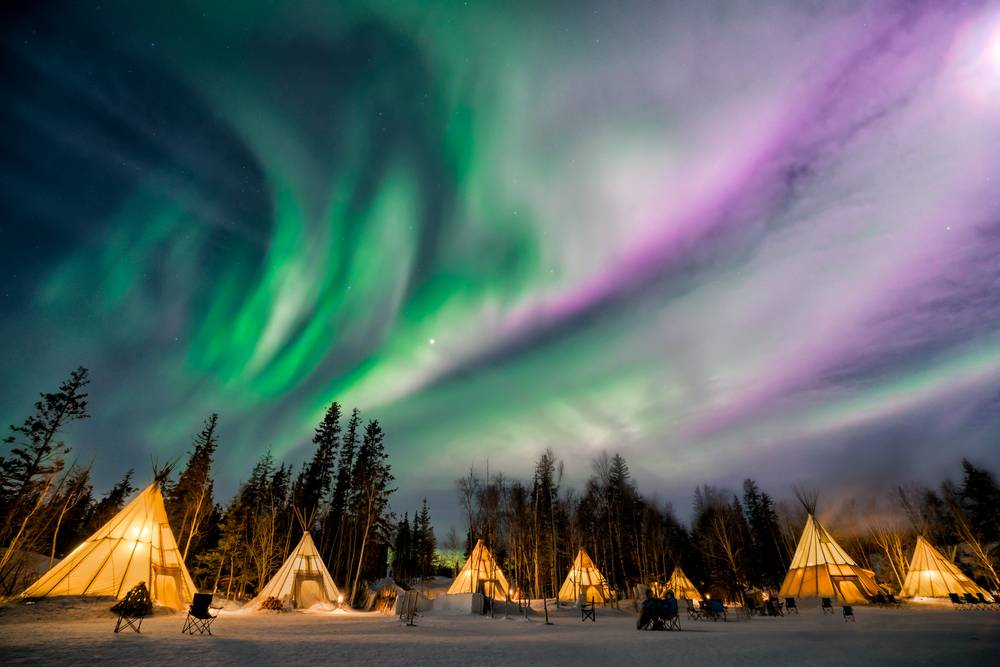 8-Day Yellowknife Aurora Viewing and Canadian Rockies Autumn Tour