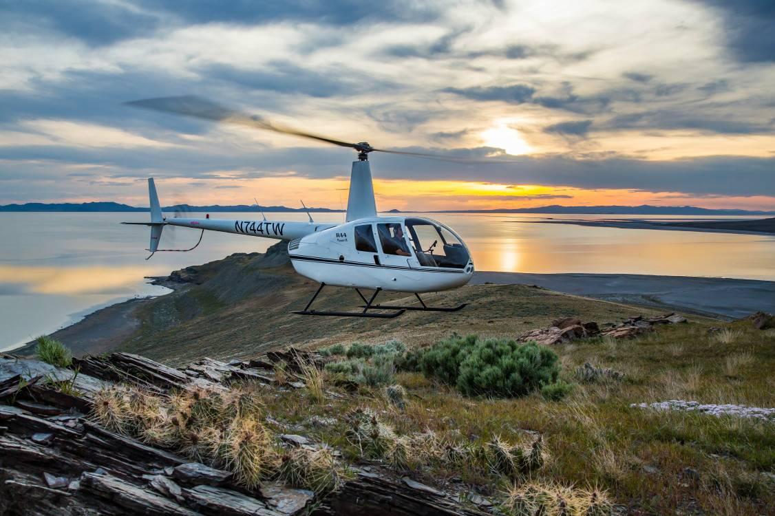 5-Day Yellowstone & Grand Teton Tour to Jackson, Snake River Canyon, Grand Prism, Elk protected Indian promised Land Tour