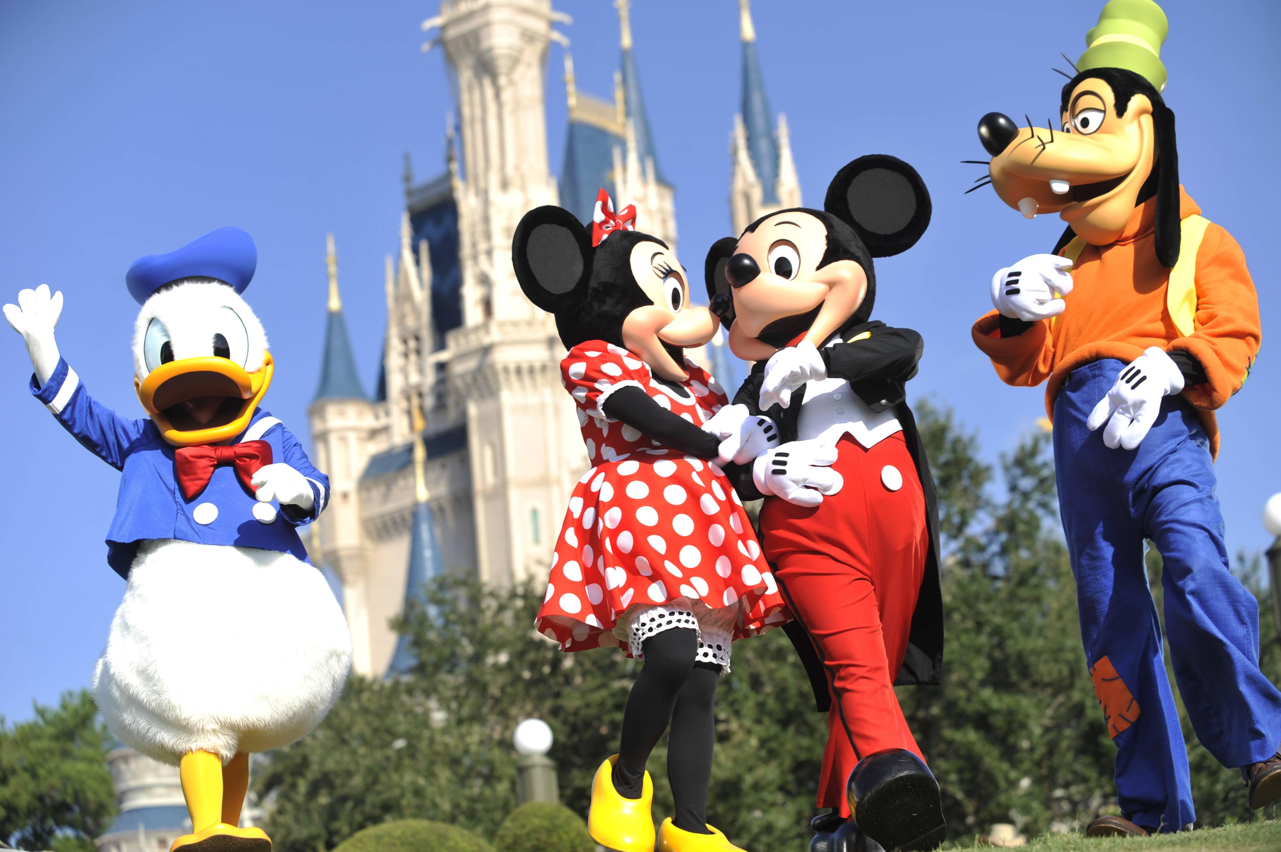 1-Day Ticket for Disneyland or California Adventure Park