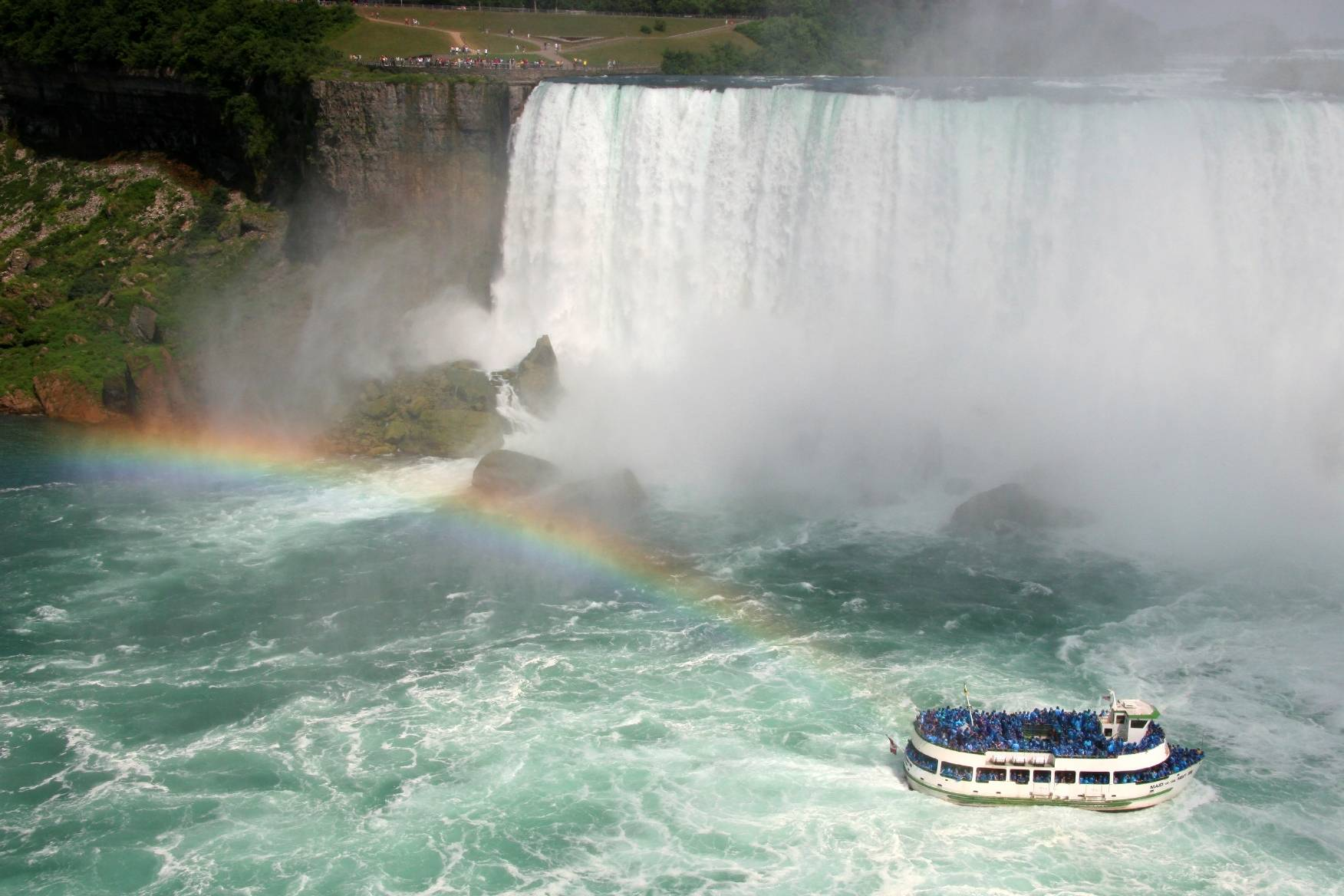 1-Day Niagara Falls Tour & Flight from New York