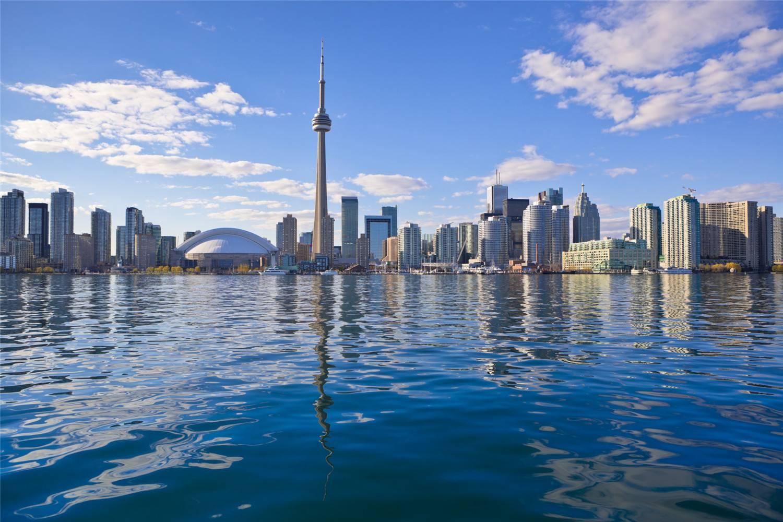 8-Day Standard US & Canada Bus Tour: Boston, New York City, Philadelphia, Washington D.C., Niagara Falls