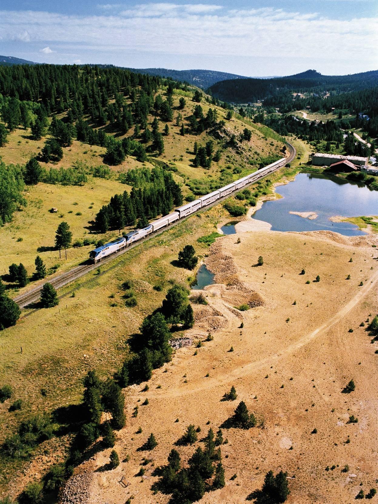 11-Day Pacific Coast Tour From LA W/ Amtrak Coast Starlight Train & Las Vegas