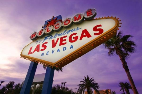 Big Bus Tours Las Vegas - 24 hour Hop-On Hop-Off Pass