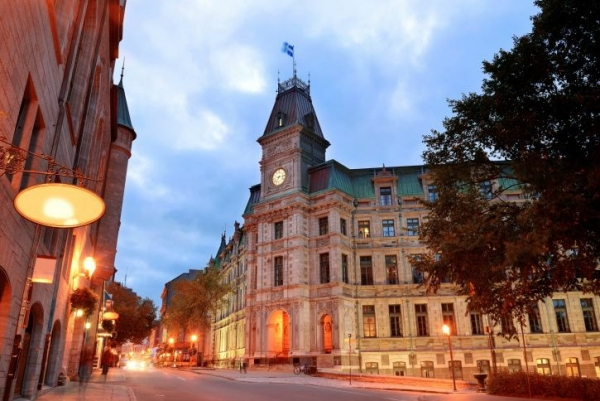 3-Day Bus Tour to Montreal, Albany, Quebec - Super Value