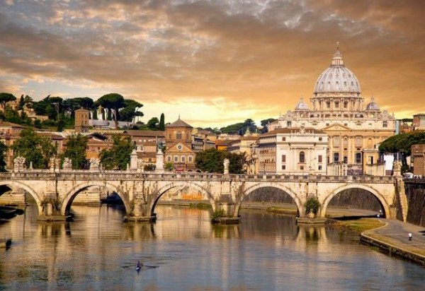 3-Day Southern Europe Tour: Rome to Nice / Cannes