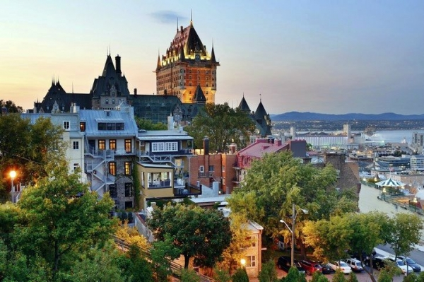 7-Day Canada East and Maritimes Tour: Thousand Islands - Ottawa - Montreal - Toronto