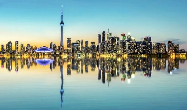 1-Day Toronto In-Depth Tour: Chinatown - Casa Loma - Lake Ontario