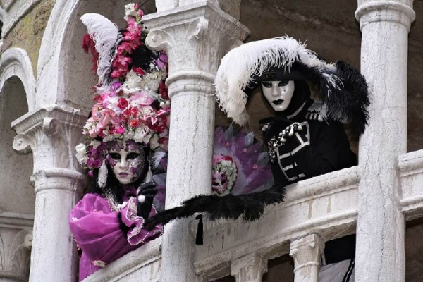 9-Day Winter in Italy Tour From Rome with Venice Carnival