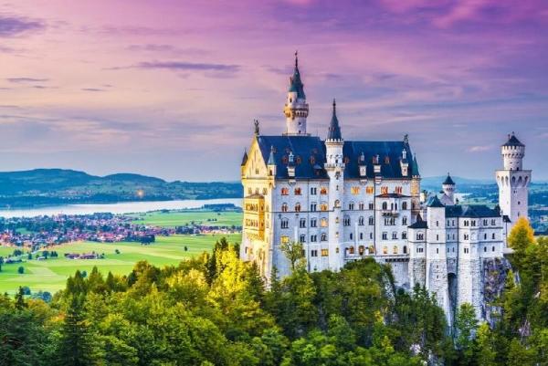Neuschwanstein and Linderhof Castle Tour from Munich