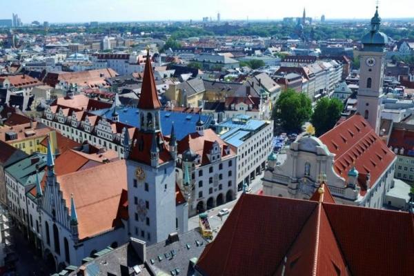 Munich Grand Circle Hop-on Hop-off Tour: 24 Hour Pass