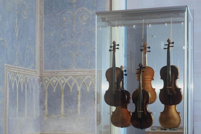 Prague Walking Tour: Following in Mozart`s Footsteps