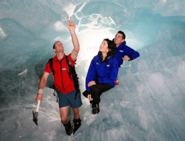 9-Day Thrilling South Island Adventure Tour