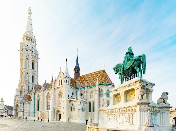 4-Hour Budapest In-Depth Sightseeing Tour