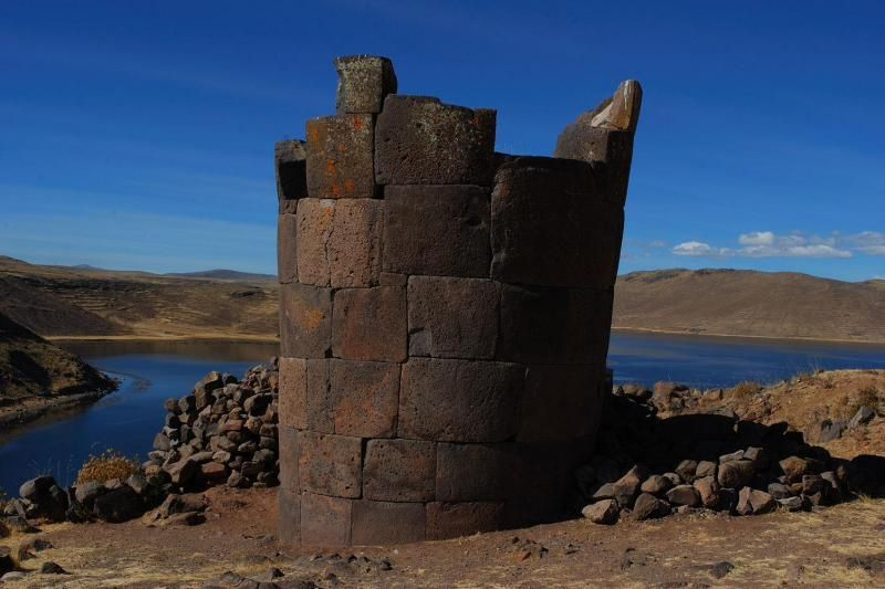 8-Day Archaeological Peru Discovery Tour: Lima - Cusco - Machu Picchu - Sacred Valley - Lake Titicaca