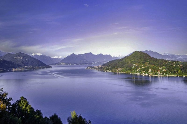 Lake Maggiore Day Trip from Milan with Isola Bella