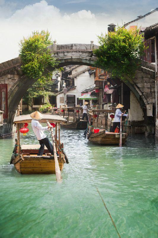 Private Day Tour of Shanghai: Zhujiajiao Water Town, Jade Buddha Temple and Tianzifang