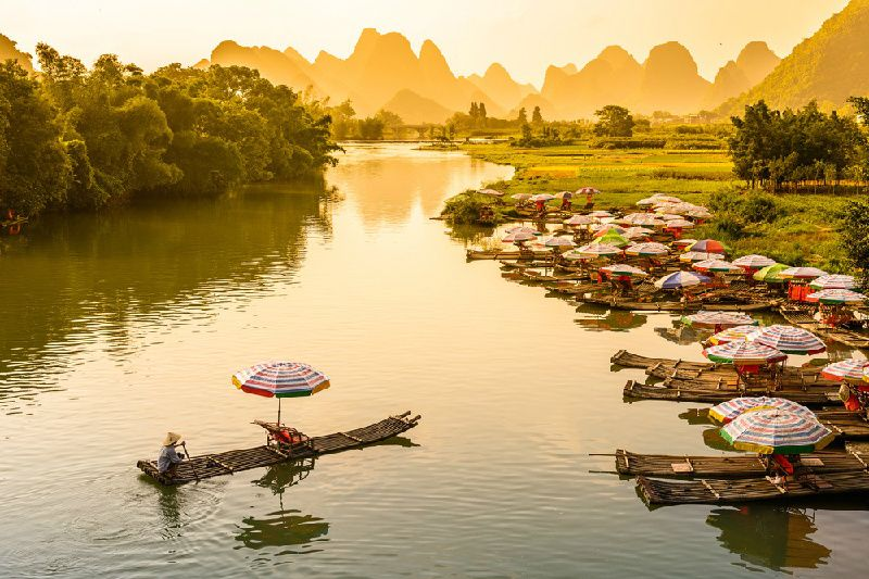 Guilin Private Day Tour: Li River Cruise and Yangshuo Sightseeing