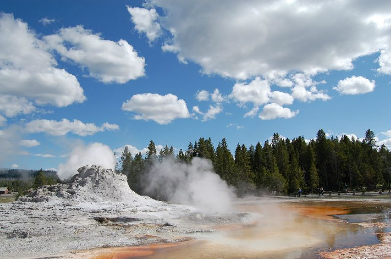 Yellowstone Tour From Salt Lake City