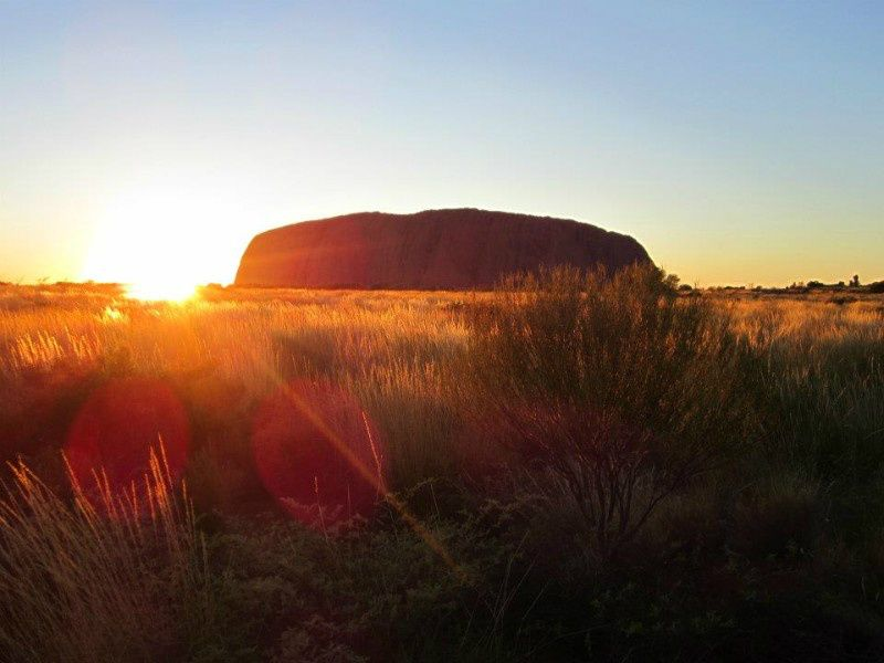 3-Day Red Center & Ayers Rock Camping Tour from Alice Springs