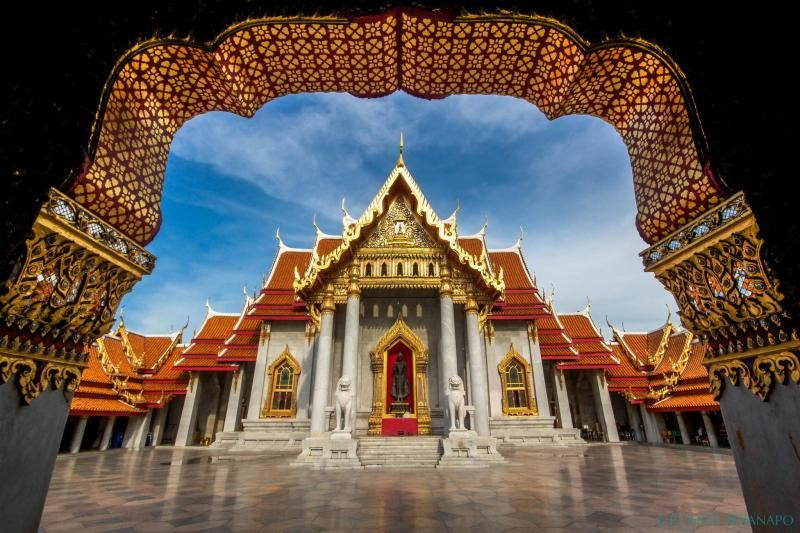 Enchanting Bangkok City Tour: Golden Budhha, Marble Temple & Gems Gallery