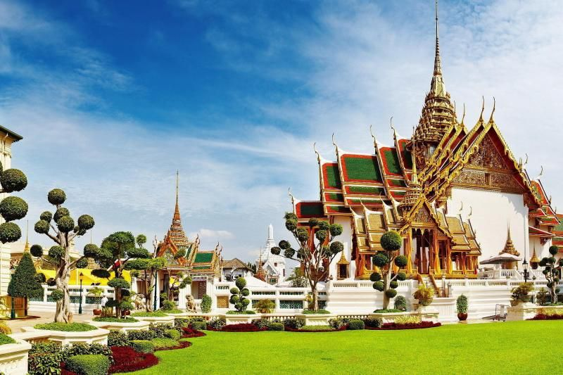 Grand Palace & Emerald Buddha with Gems Gallery