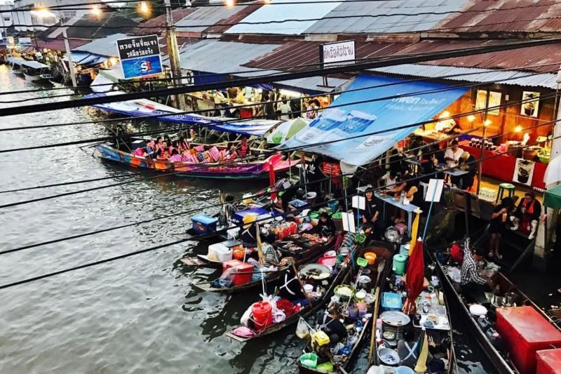 Risky Market & Amphawa Floating Market Day Trip From Bangkok