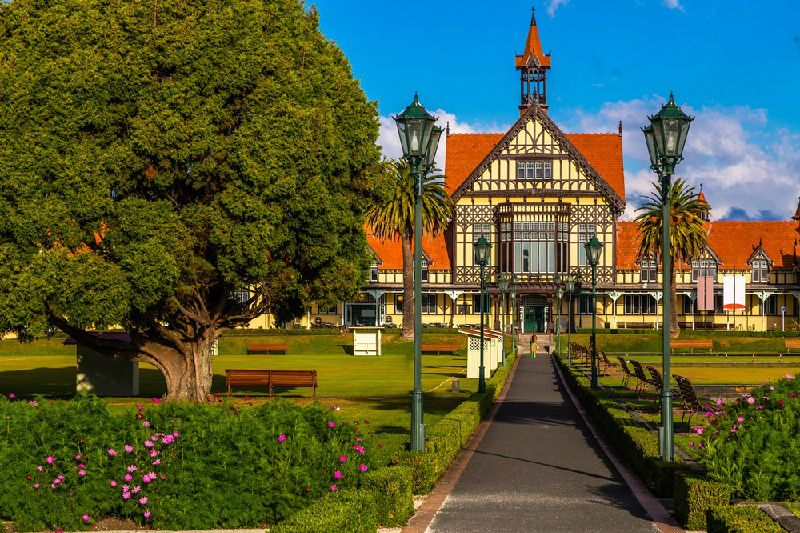 7-Day Northern New Zealand Self-Guided Tour: Auckland to Wellington