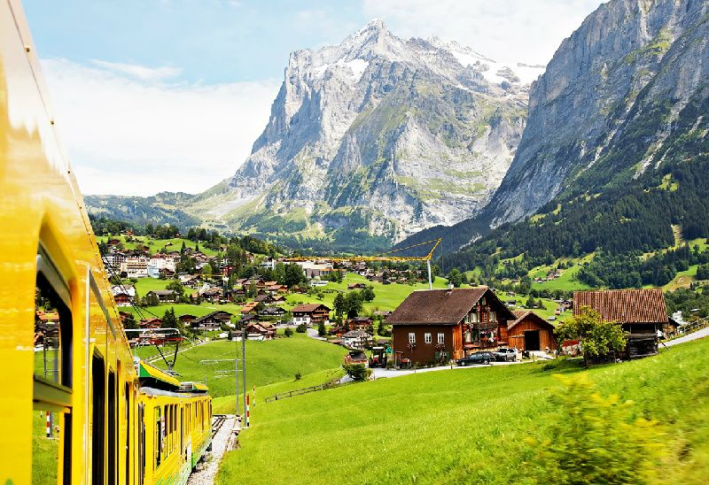 8-Day Paris to Zurich Holiday: France and Switzerland