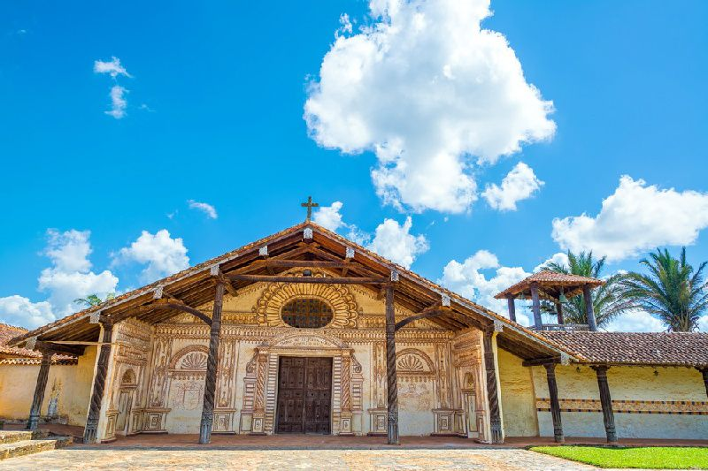2-Day Jesuit Missions Tour From Santa Cruz