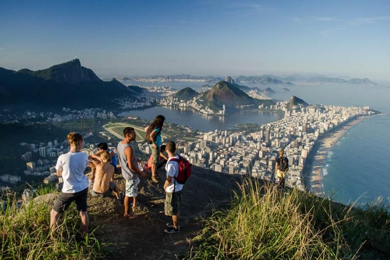 Dois Irmaos and Vidigal Hiking Tour
