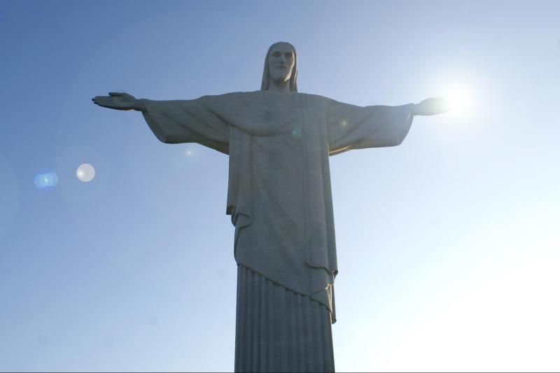 Rio City Tour W/ Sugarloaf, Selaron Steps, Christ Redeemer, & Lunch