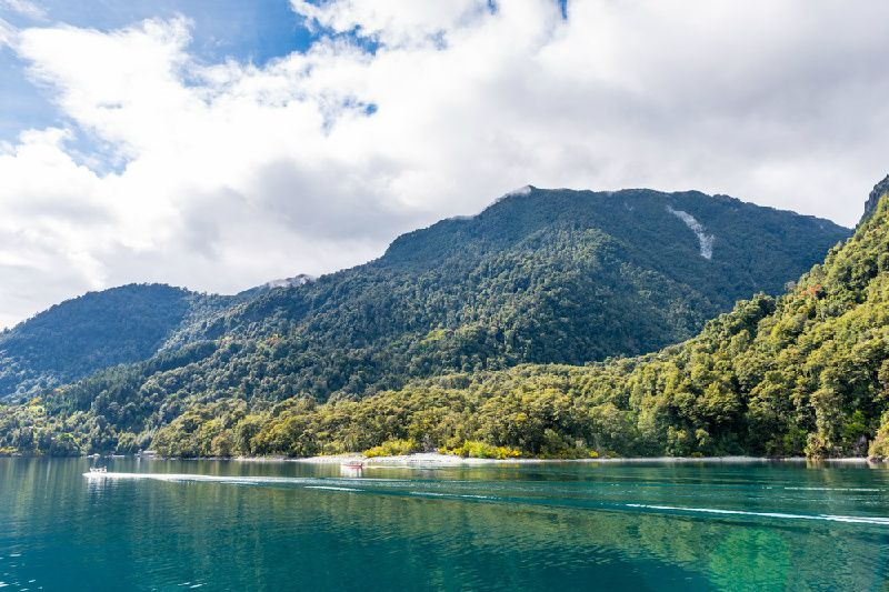 4-Day Puerto Varas Tour: Lakes & Volcanoes of Chile