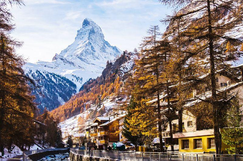 3-Day Glacier Express Swiss Rail Holiday