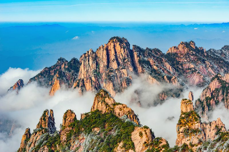 4-Day Deluxe Mt.Huangshan In-Depth Private Tour from Shanghai