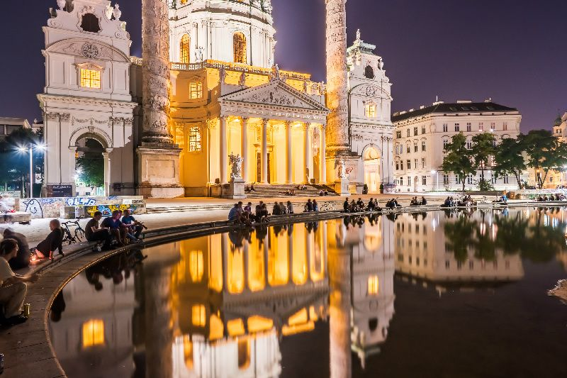 5-Day Central Europe Tour Package: Zurich to Vienna