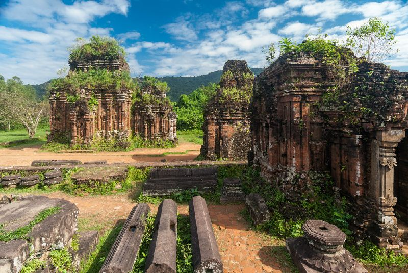 10-Day Diverse Vietnam Tour Package From Hanoi