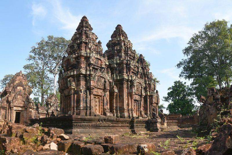 Banteay Srei Tour from Siem Reap