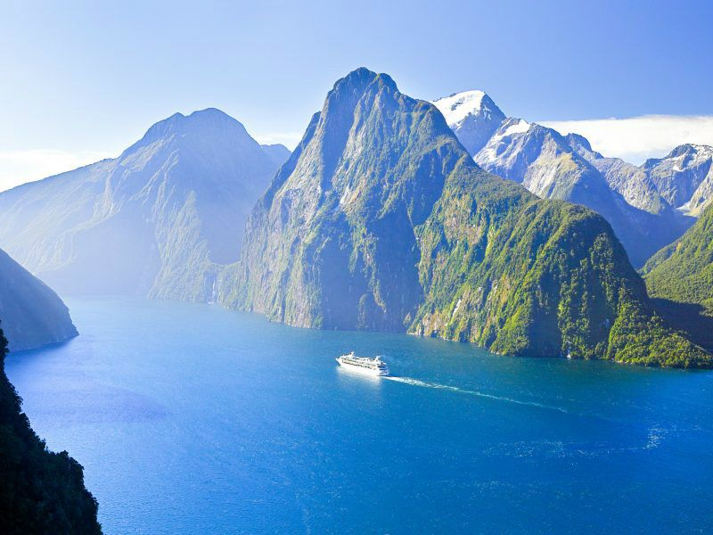 Milford Sounds Nature Cruise