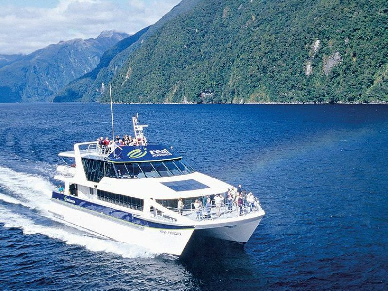 Doubtful Sounds Cruise & Tour From Queenstown