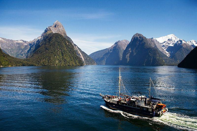 7-Day South Island Coastal Tour